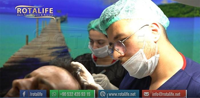 Vilken är den bästa åldern för en hårtransplantation?